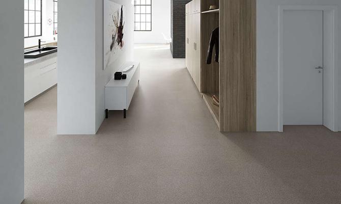 Granit Fußboden in Berliner Wohnung