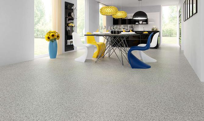 Granit Fußboden mit professioneller Montage